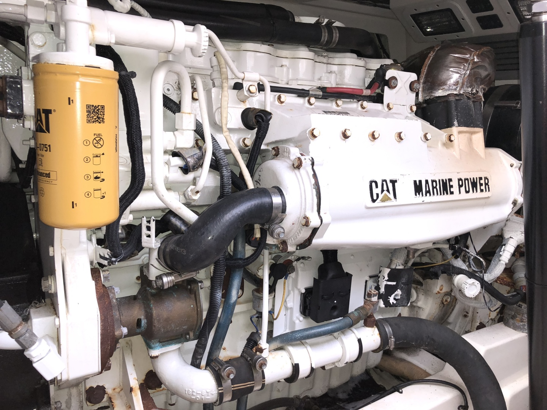 Cabo-35 Express 2003-Baby G Southampton-New York-United States-Engine Room -1309164 | Thumbnail