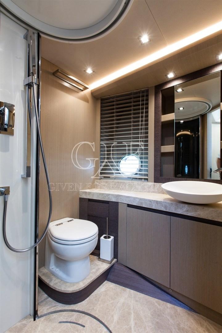 Monte Carlo-MCY 65 2016-EXCALIBUR Varazze-Italy-MCY 65, Guest Bathroom Logo-1309588   Thumbnail