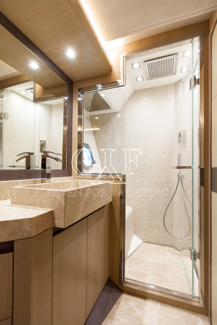 Monte Carlo-MCY 65 2016-EXCALIBUR Varazze-Italy-MCY 65, Bathroom-1309589   Thumbnail