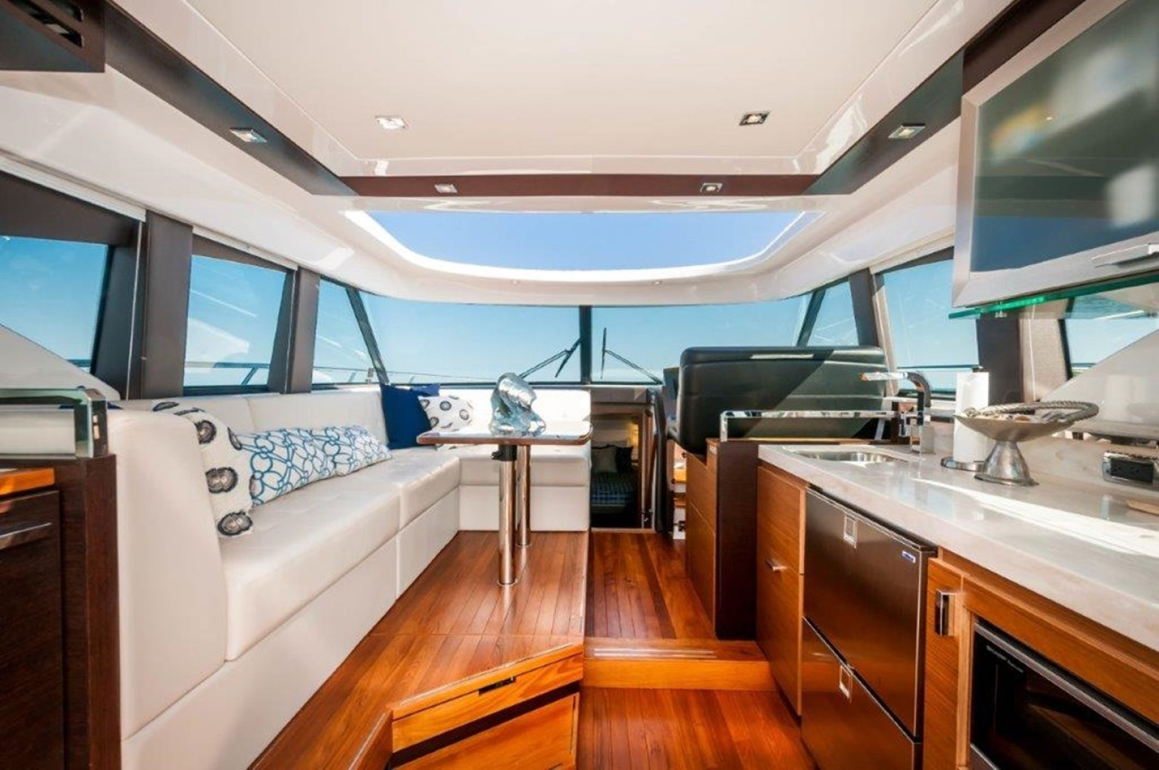 Picture Of: 44' Tiara 44 Coupe 2016 Yacht For Sale | 2 of 43