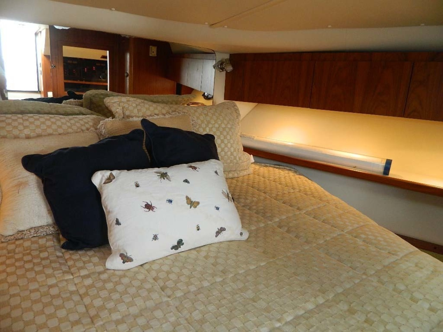 Tiara-Open 2004-Door Knock II Hobe Sound-Florida-United States-Master Stateroom Berth Stbd Fwd-1315552 | Thumbnail