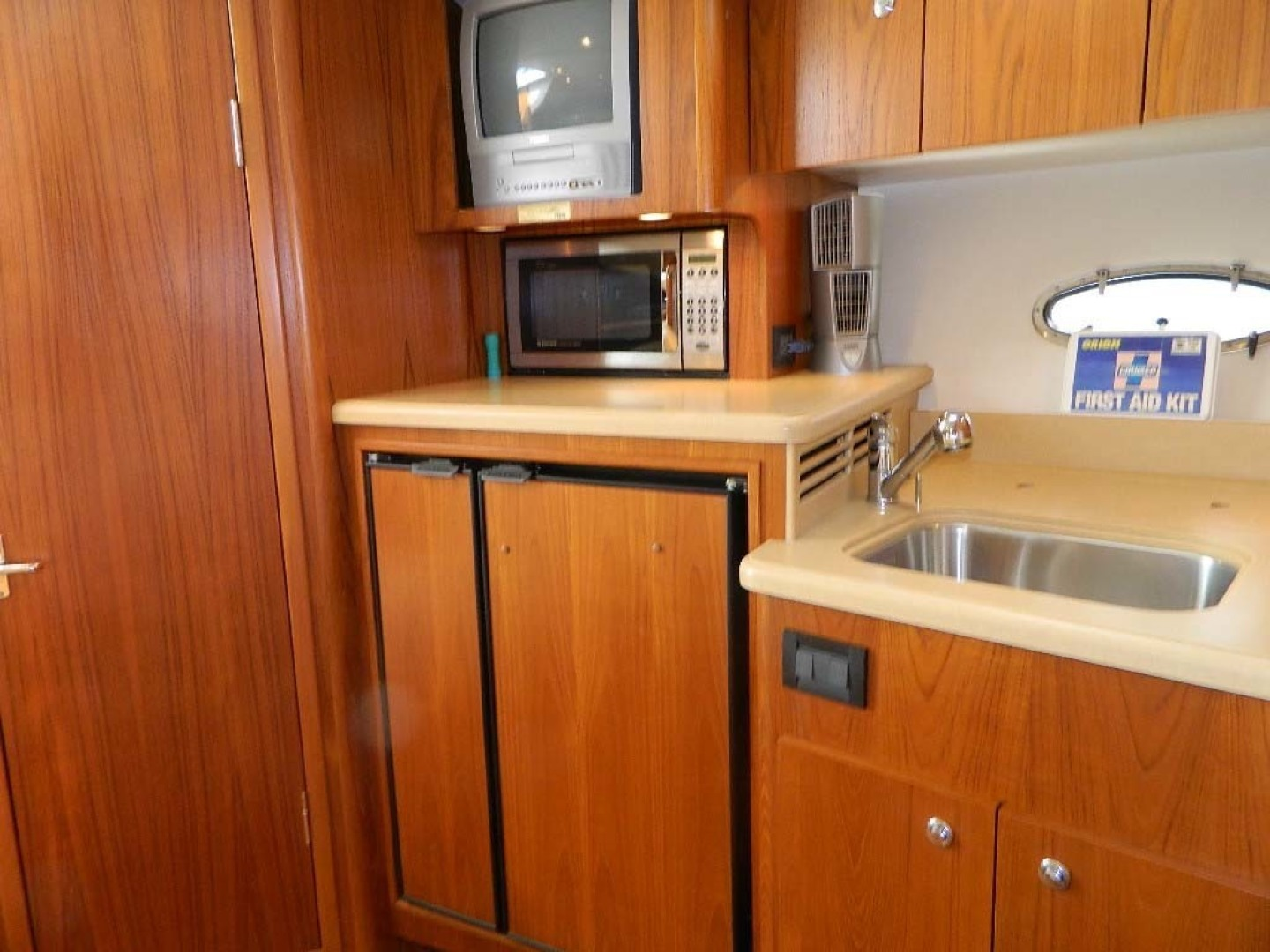 Tiara-Open 2004-Door Knock II Hobe Sound-Florida-United States-Galley-1315543 | Thumbnail