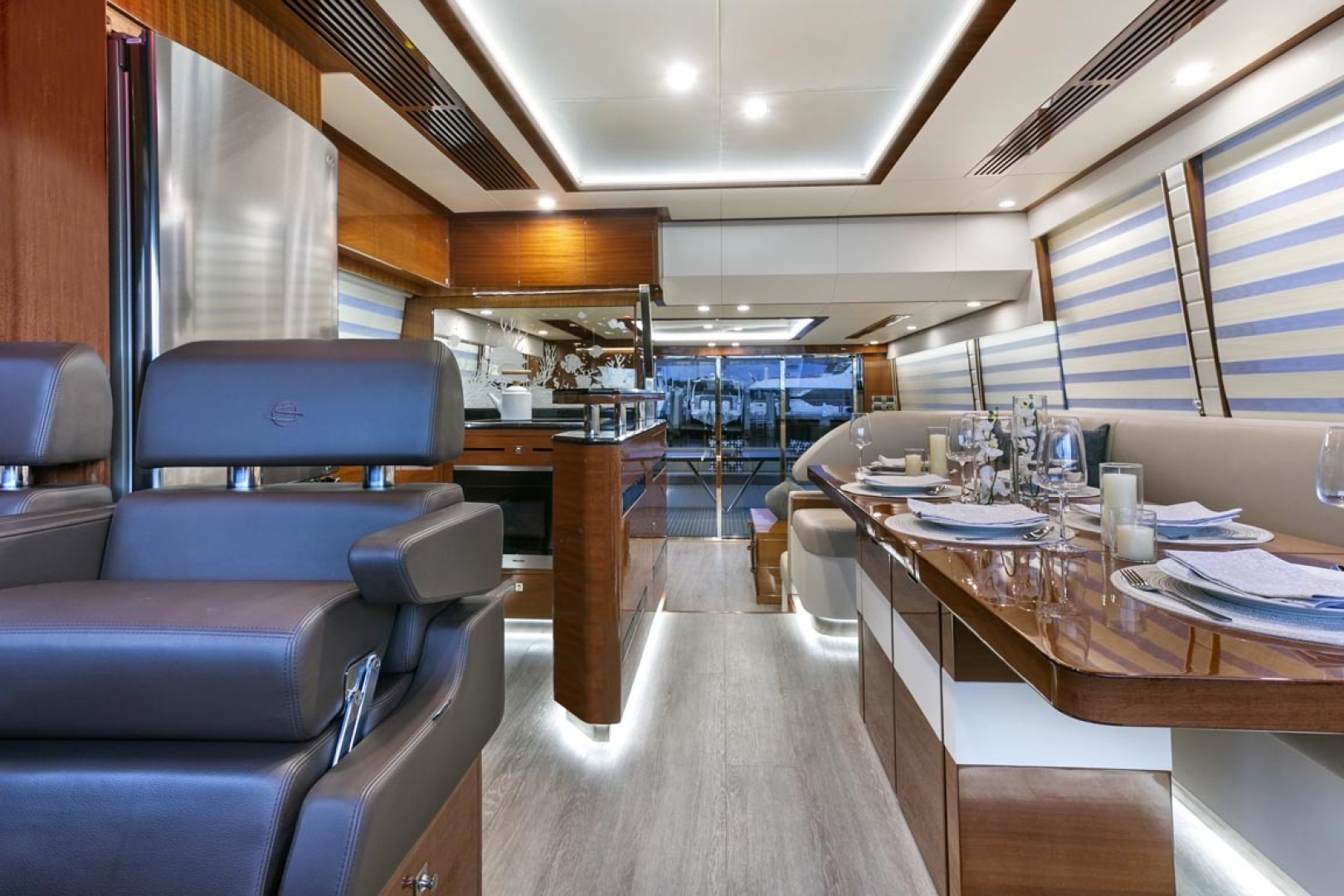 Dyna Yachts-63 2020 -Jupiter-Florida-United States-Lower Helm Dinette-1460387 | Thumbnail