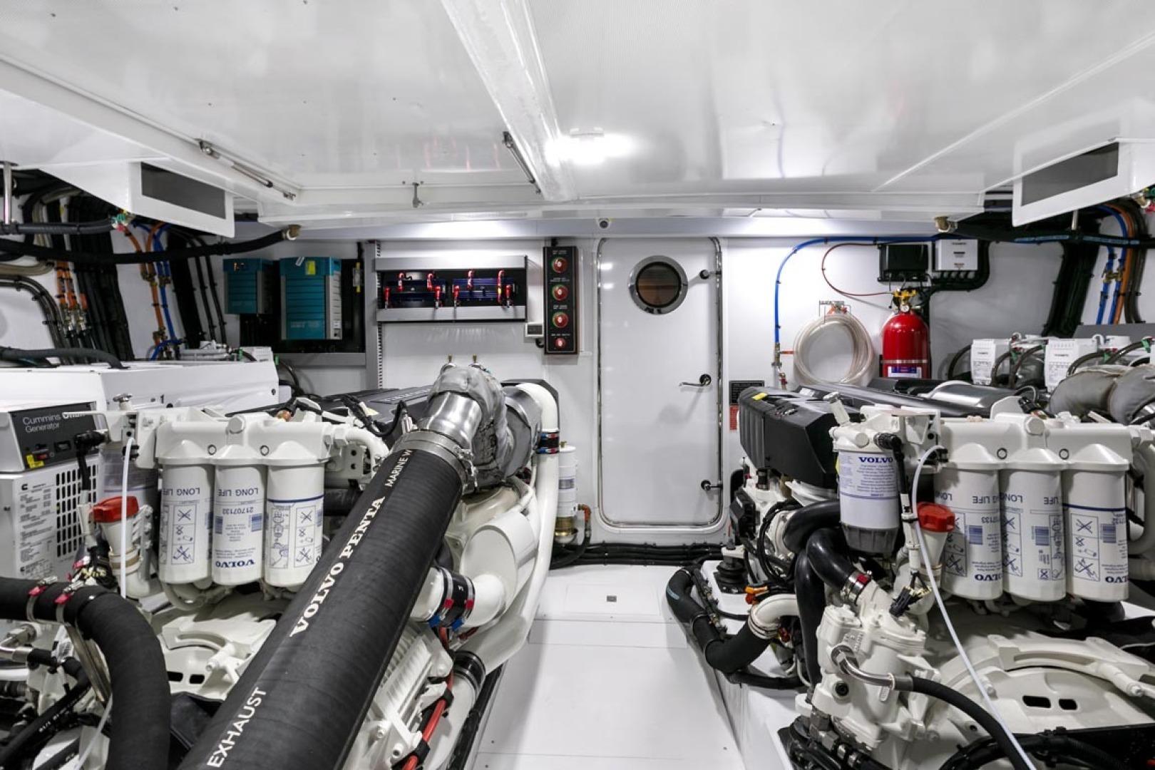 Dyna Yachts-63 2020 -Jupiter-Florida-United States-Engine Room-1460402 | Thumbnail
