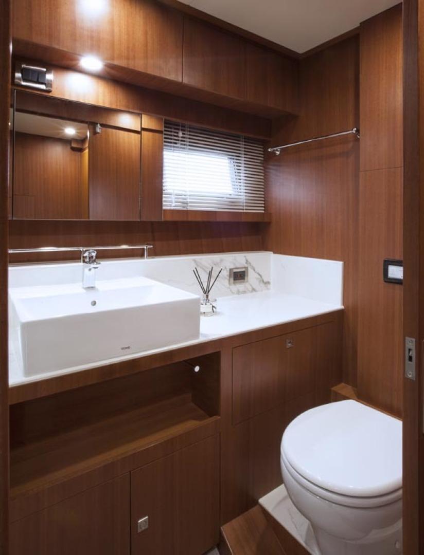 Dyna Yachts-63 2020 -Jupiter-Florida-United States-Master Head-1460396 | Thumbnail