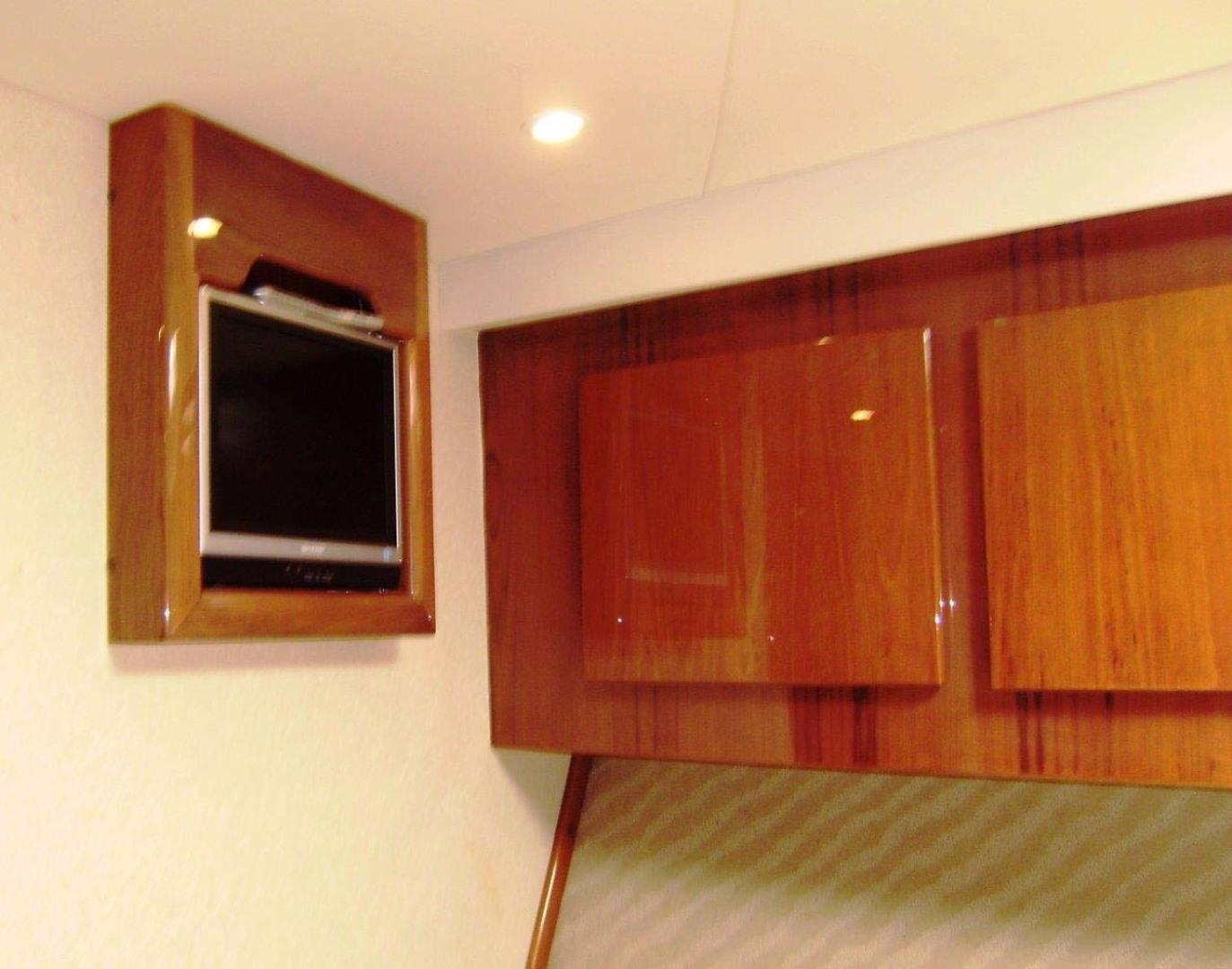 Egg Harbor-43 Sport Yacht 2005-EAGLE Ft. Pierce-Florida-United States-Master Cabin-1318495 | Thumbnail