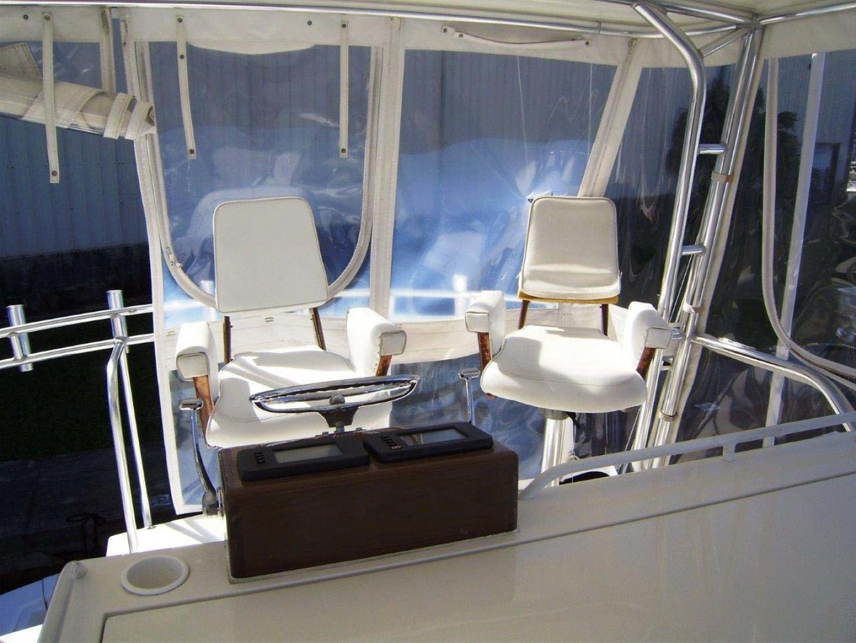 Egg Harbor-43 Sport Yacht 2005-EAGLE Ft. Pierce-Florida-United States-Flybridge Helm Seats-1318518 | Thumbnail