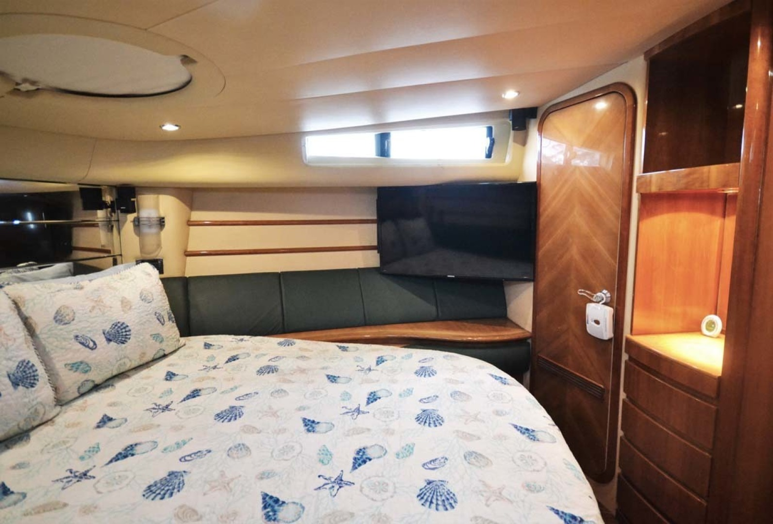 Azimut-46 Motor Yacht 2003-ChrAmy Melbourne-Florida-United States-Master Stateroom Starboard-1318893 | Thumbnail