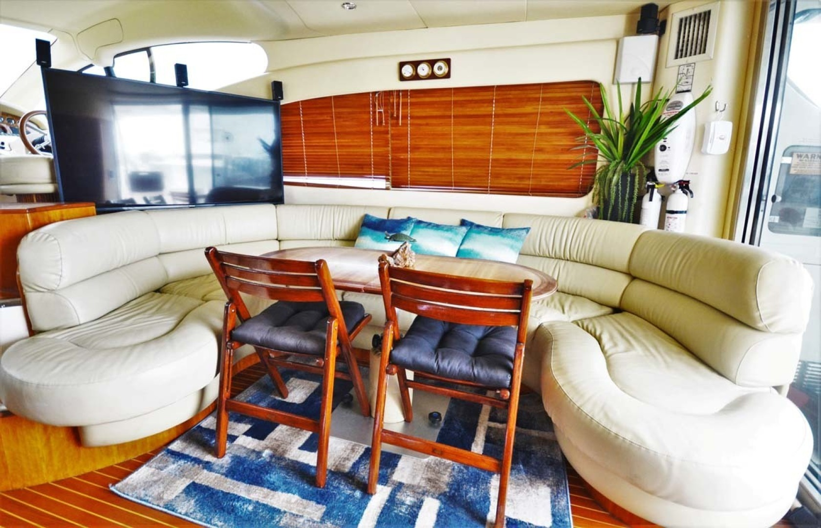Azimut-46 Motor Yacht 2003-ChrAmy Melbourne-Florida-United States-Salon Sofa And Dinette-1318889 | Thumbnail