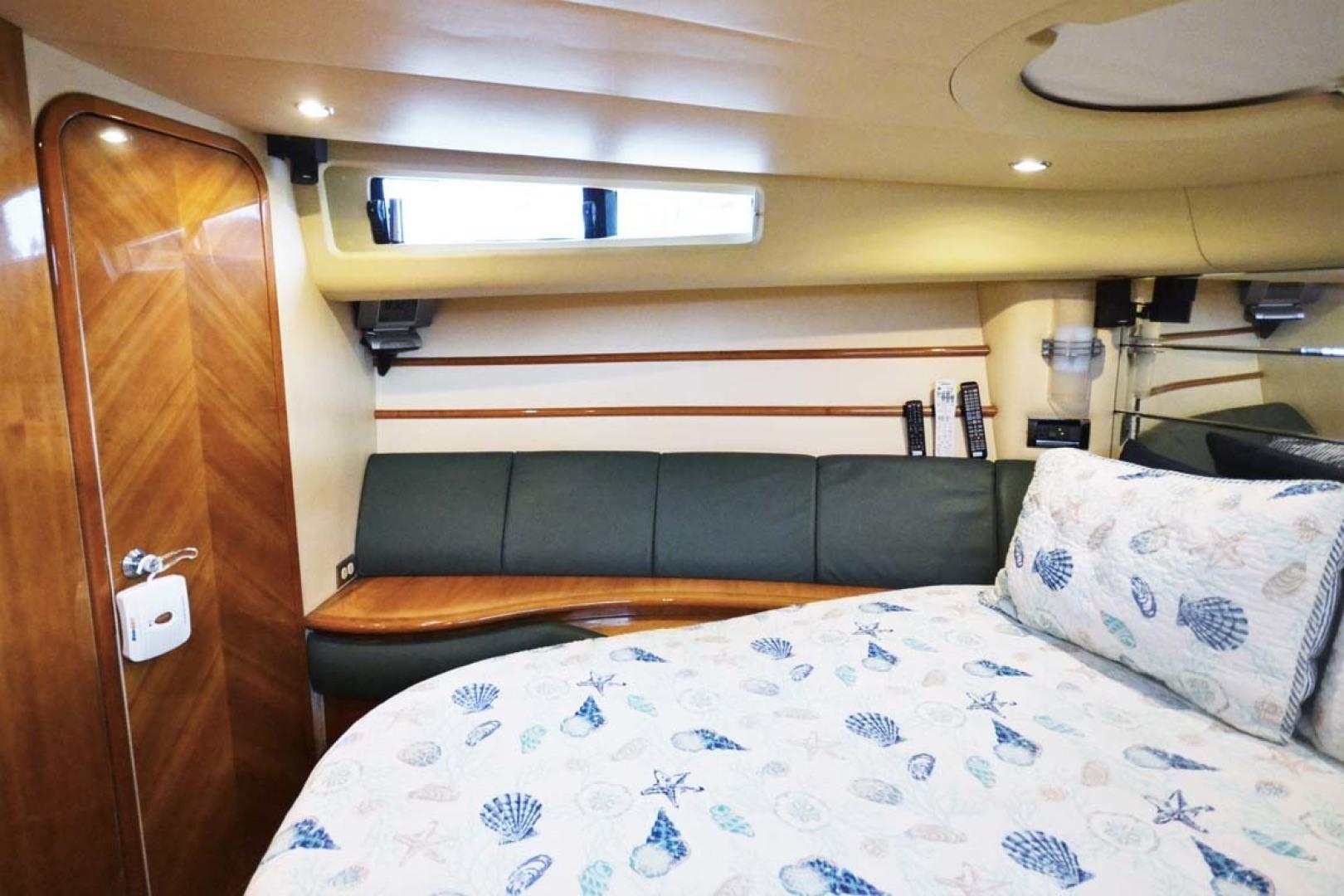 Azimut-46 Motor Yacht 2003-ChrAmy Melbourne-Florida-United States-Master Stateroom Port-1318894 | Thumbnail