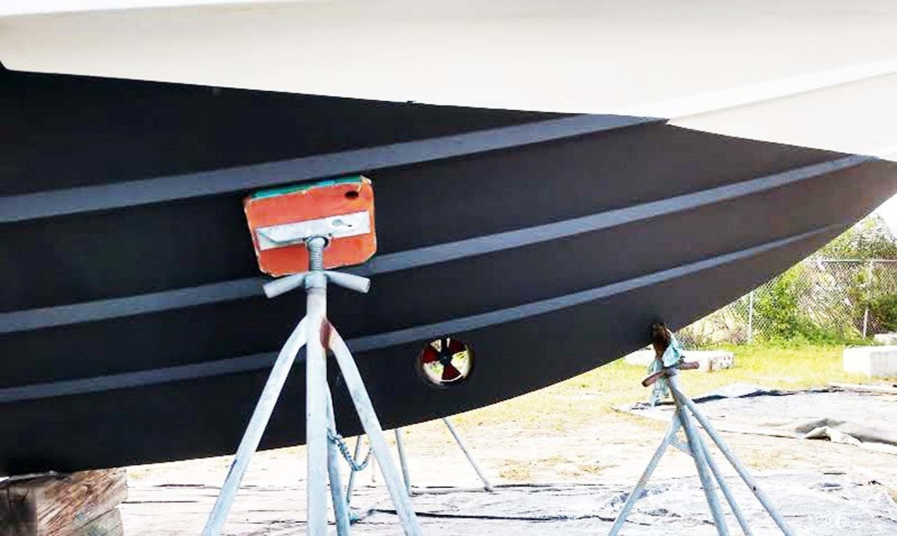 Azimut-46 Motor Yacht 2003-ChrAmy Melbourne-Florida-United States-Bow Thruster-1318901 | Thumbnail