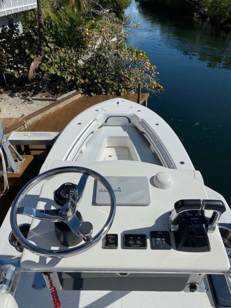 Invincible-Center Console 2009 -Key largo-Florida-United States-Tower Helm-1319604 | Thumbnail