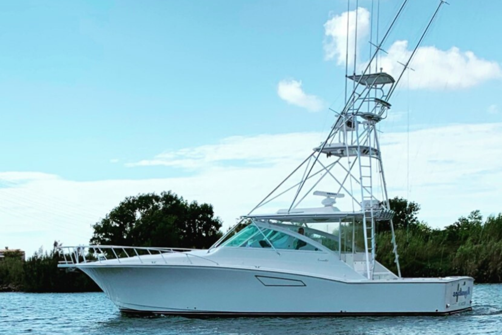 Royalties is a Cabo 45 Express Yacht For Sale in Galveston-Royalties Cabo 2001 45 Express-0