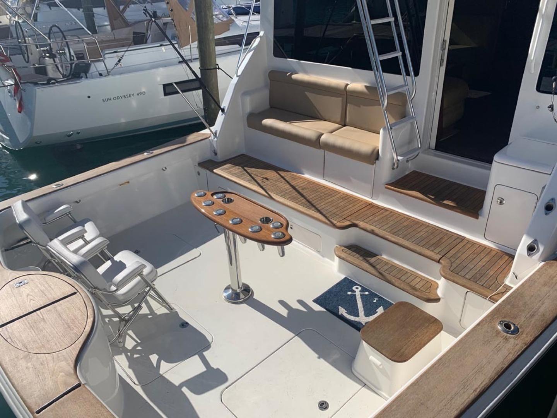 Ocean Yachts-Convertible 2009-Hog Wild Key West-Florida-United States-Cockpit-1322136   Thumbnail