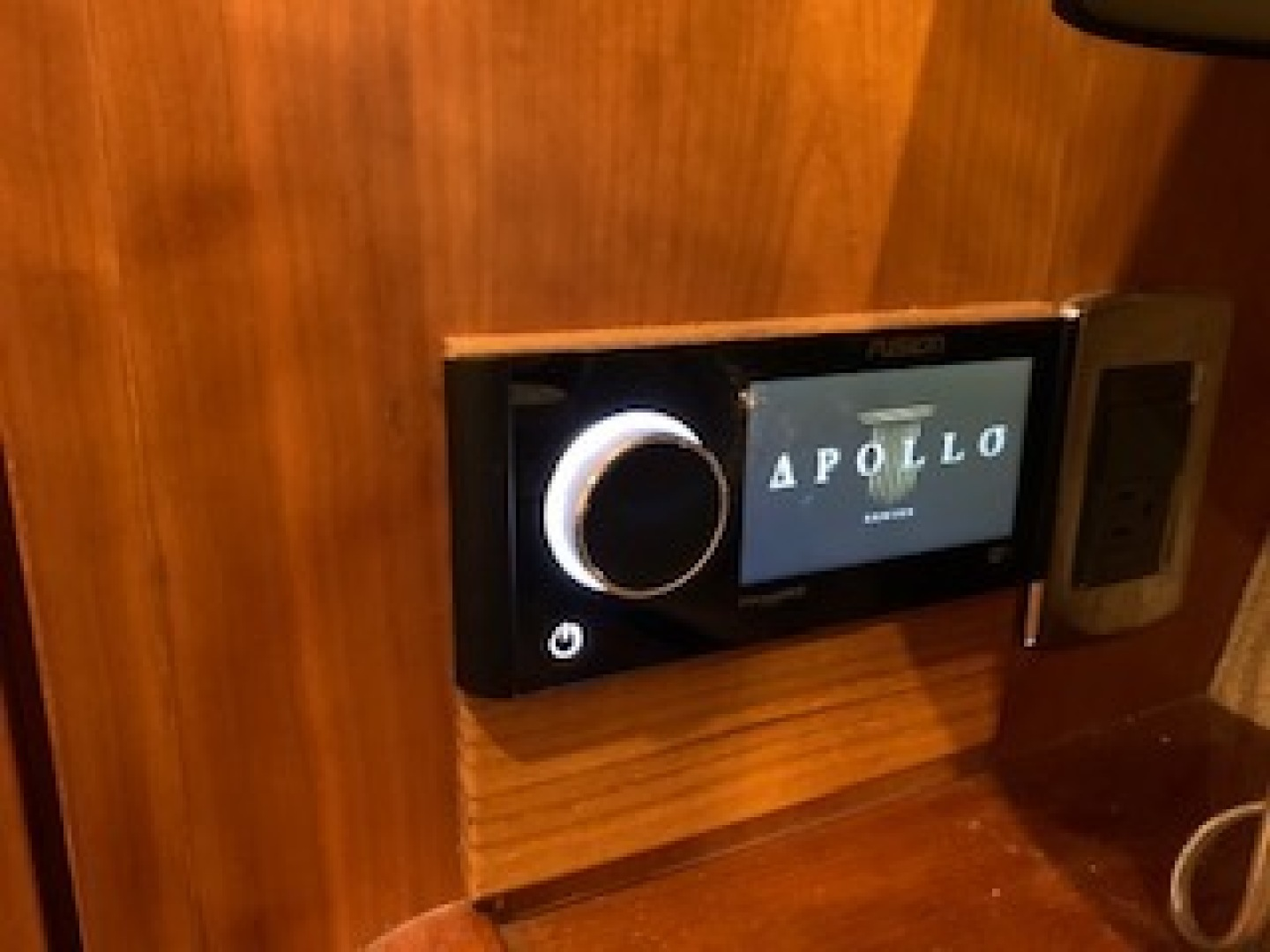 Ocean Yachts-Convertible 2009-Hog Wild Key West-Florida-United States-Master Stateroom Apollo Stereo with XM-1322142   Thumbnail