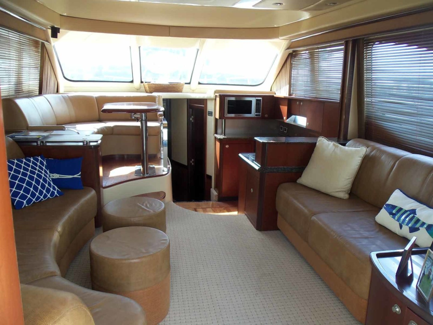 Picture Of: 52' Sea Ray Sedan Bridge 2005 Yacht For Sale | 2 of 45