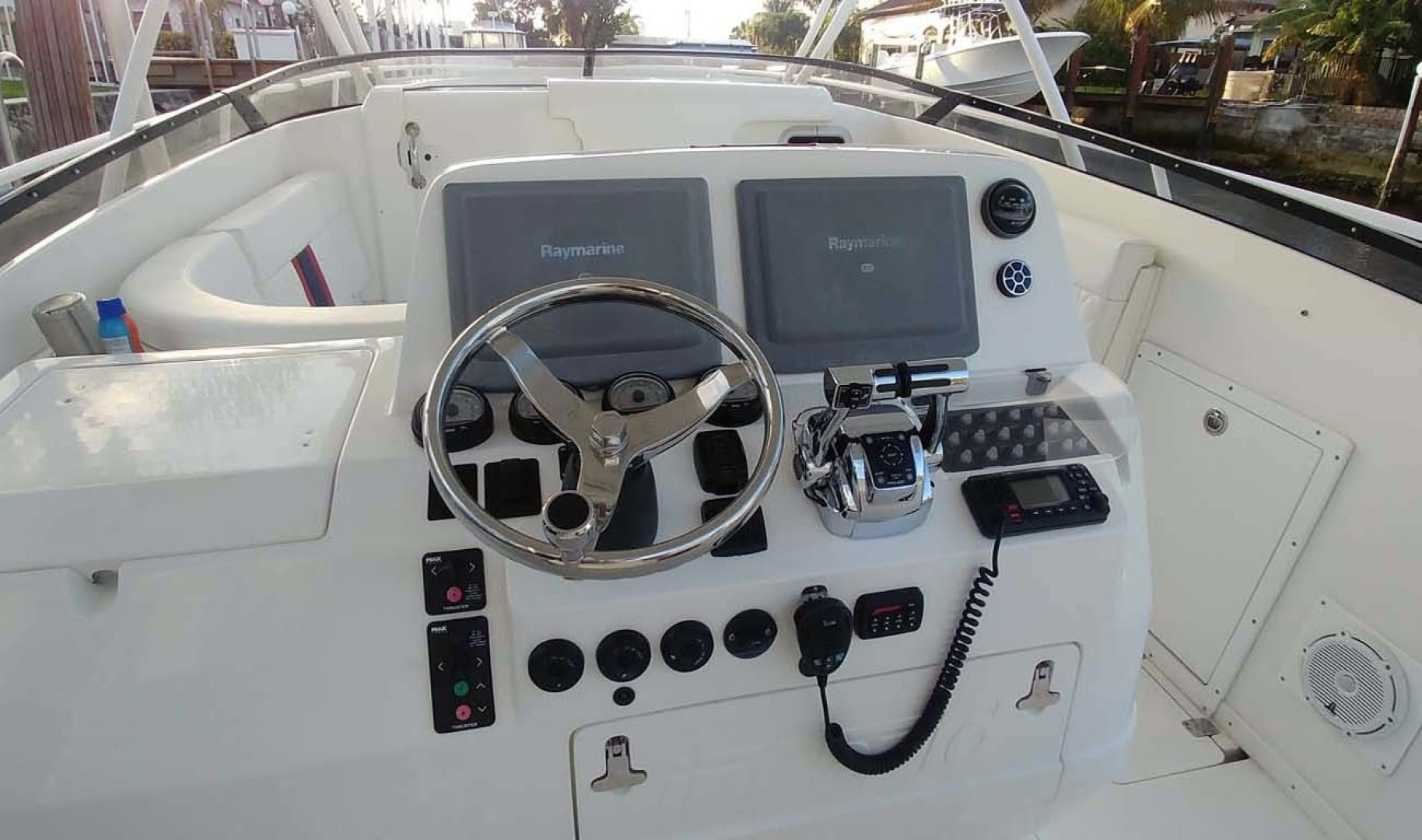Intrepid-377 Walkaround 2006 -Pompano Beach-Florida-United States-Helm Covered-1322761 | Thumbnail