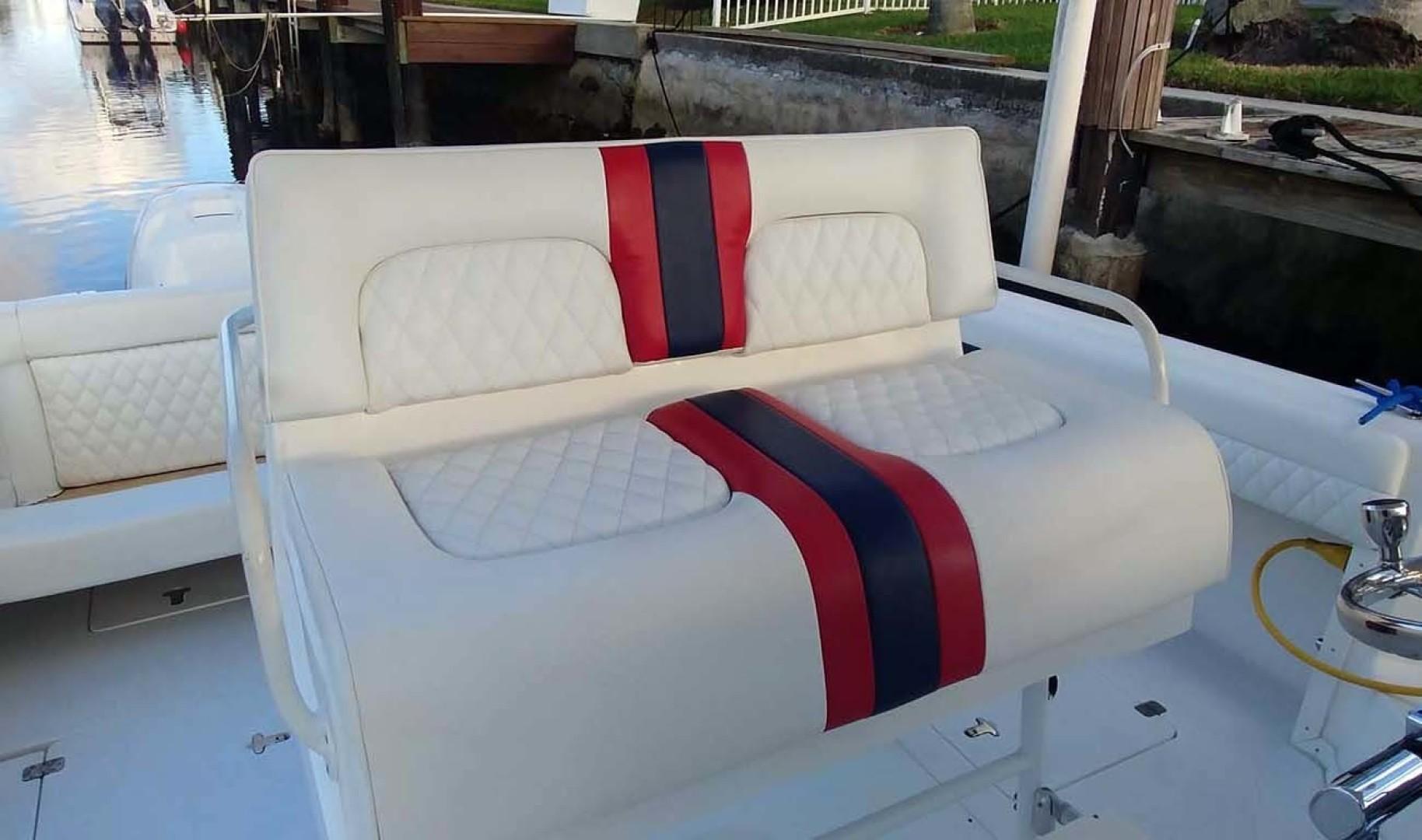 Intrepid-377 Walkaround 2006 -Pompano Beach-Florida-United States-Helm Seating-1322767   Thumbnail