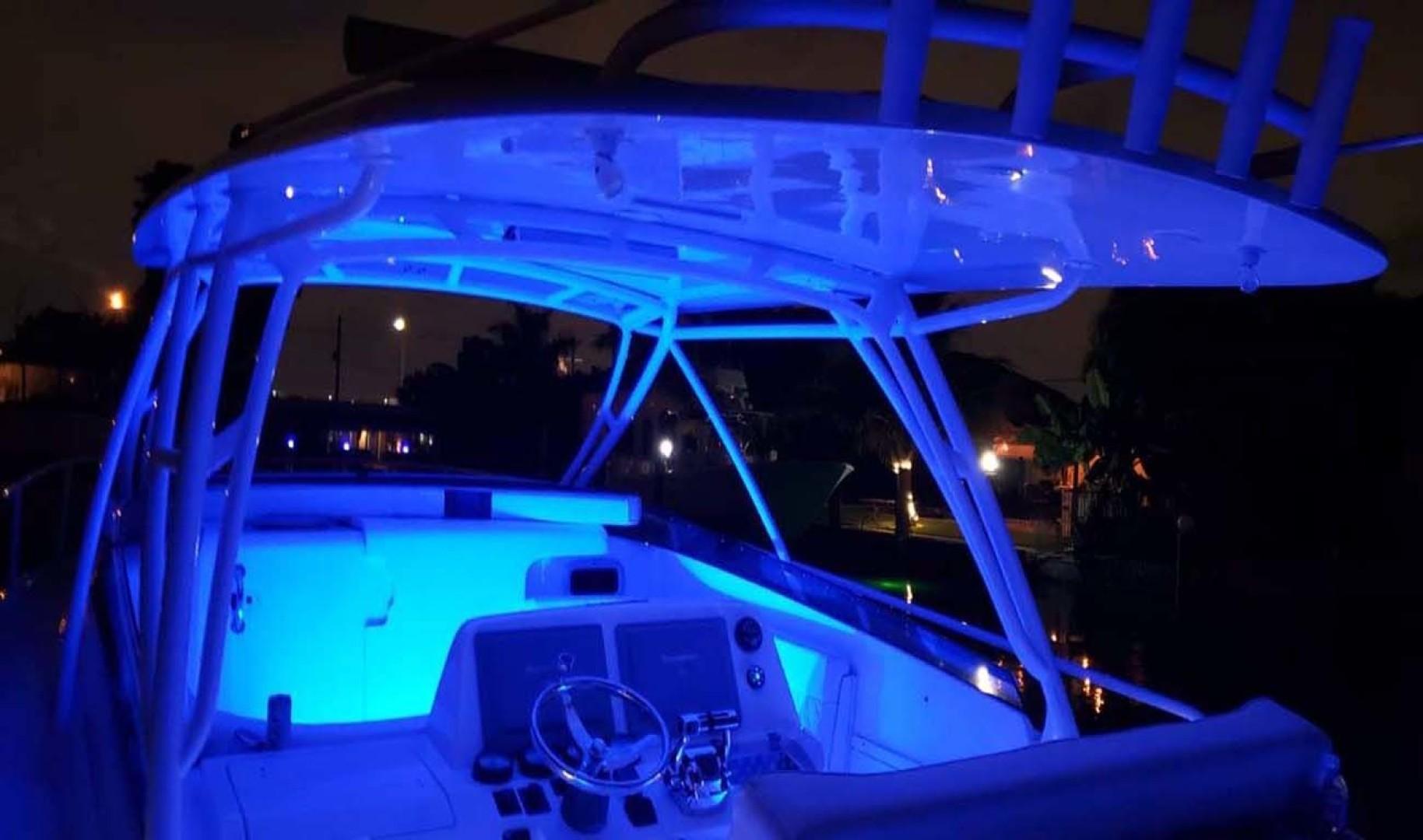 Intrepid-377 Walkaround 2006 -Pompano Beach-Florida-United States-Cockpit Lighting Blue-1322774 | Thumbnail