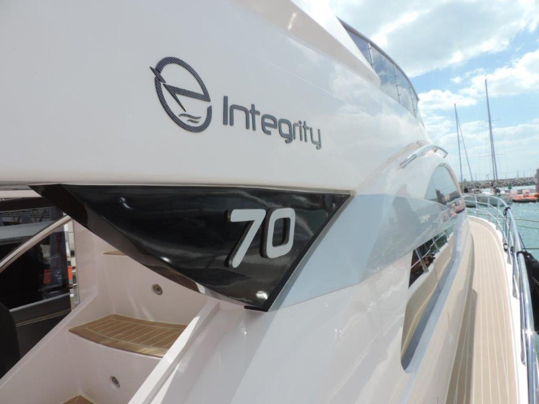 Riviera-Hull #1 2019-INTEGRITY Dubai-United Arab Emirates-Side Deck-1323169 | Thumbnail
