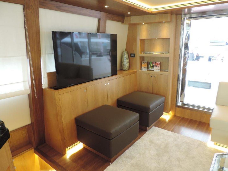 Riviera-Hull #1 2019-INTEGRITY Dubai-United Arab Emirates-Salon Entertainment Area-1323154 | Thumbnail