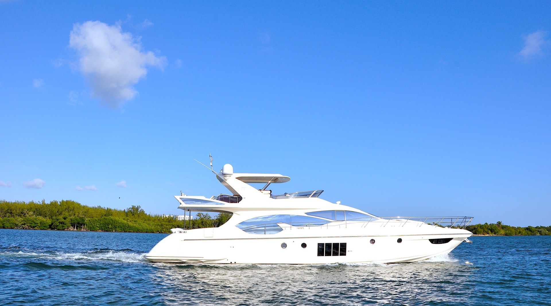 Picture Of: 70' Azimut 70 Flybridge 2012 Yacht For Sale | 1 of 32