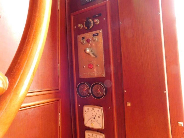 Grand Banks-42 Classic 1990-Stina Marie Merritt Island-Florida-United States-Lower Helm Windlass & Hour Meters-1323223   Thumbnail