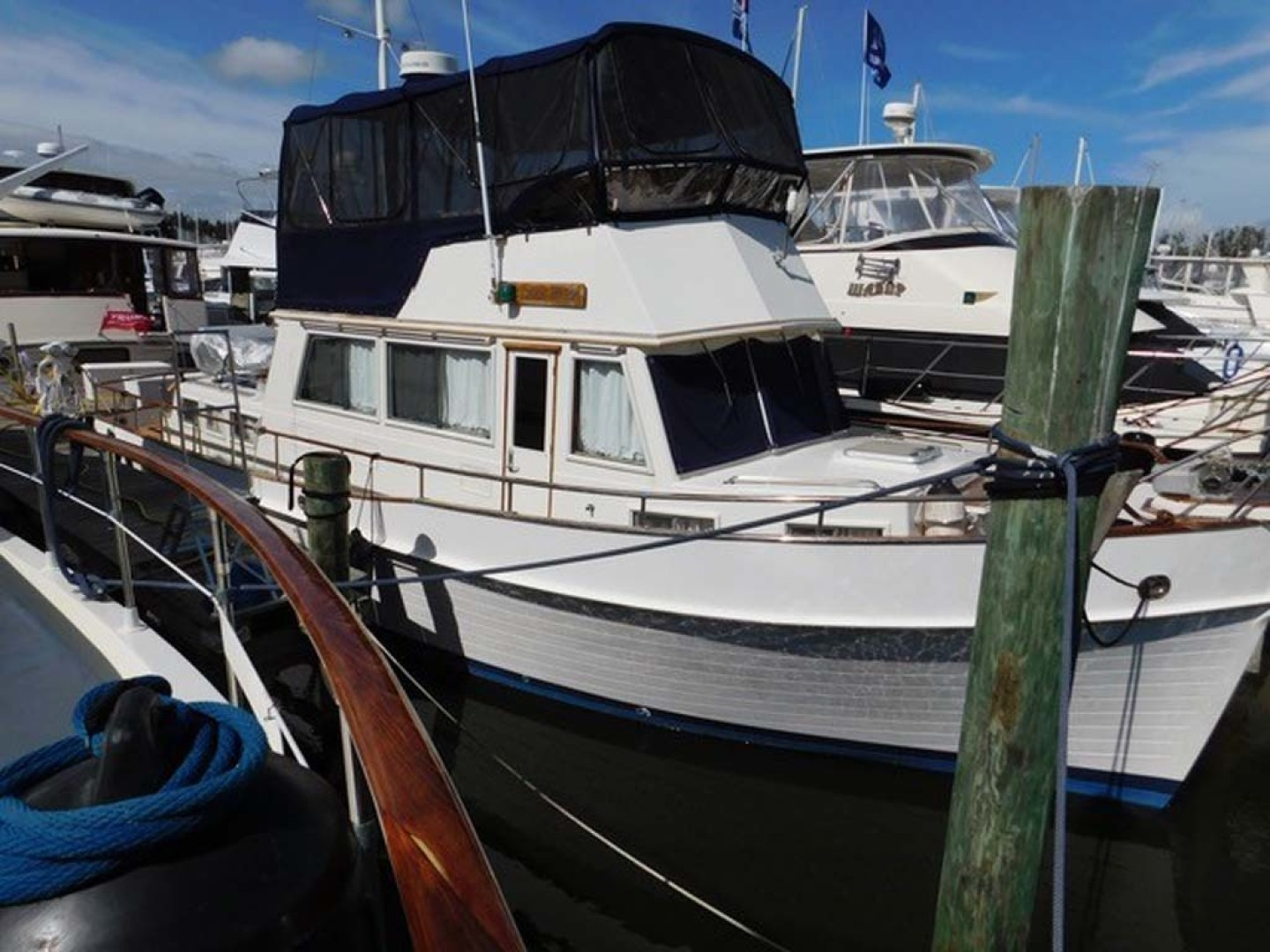 Grand Banks-42 Classic 1990-Stina Marie Merritt Island-Florida-United States-Starboard Profile-1323200 | Thumbnail