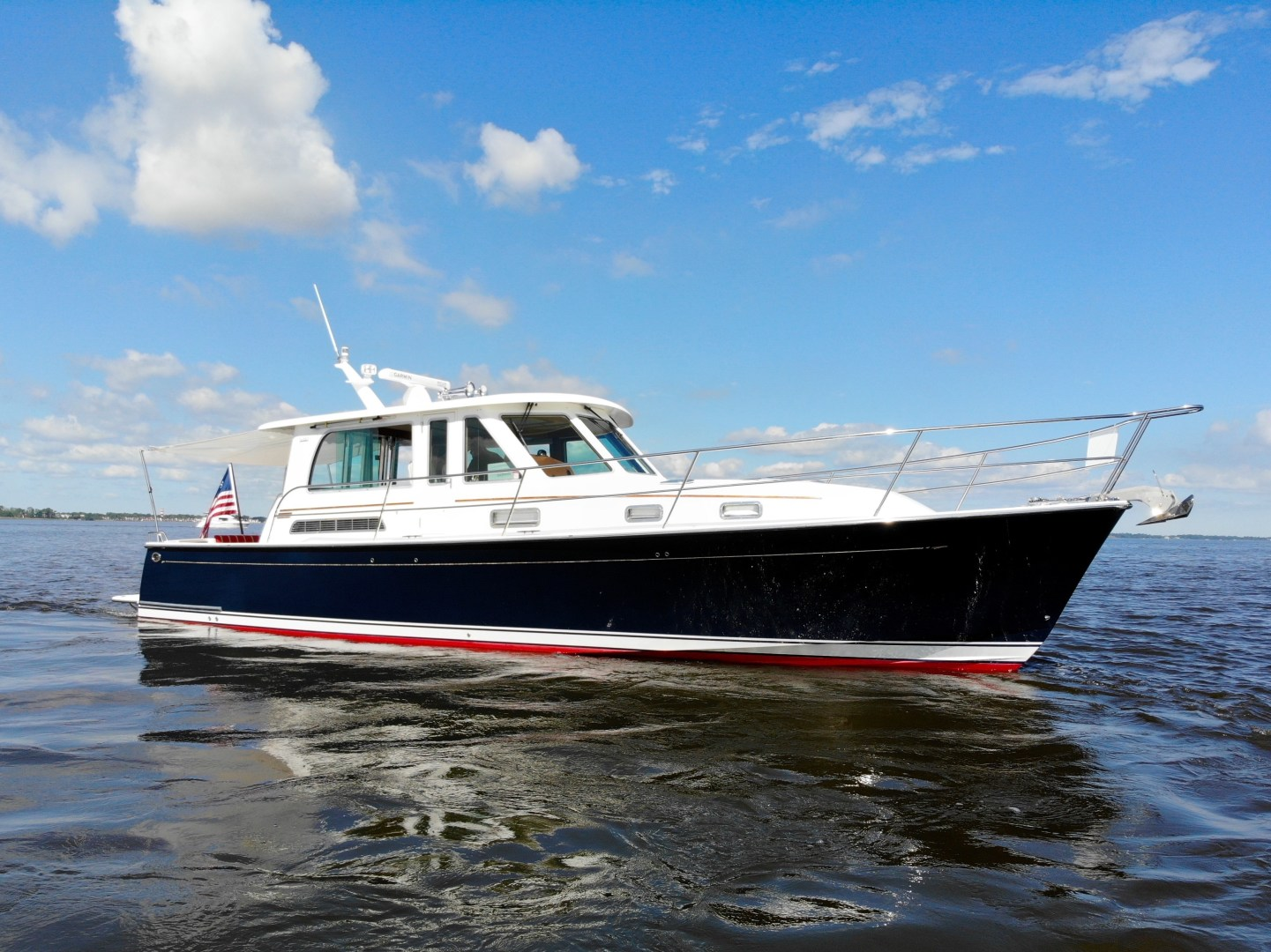 Picture Of: 42' Sabre 42 Salon Express 2016 Yacht For Sale | 1 of 42