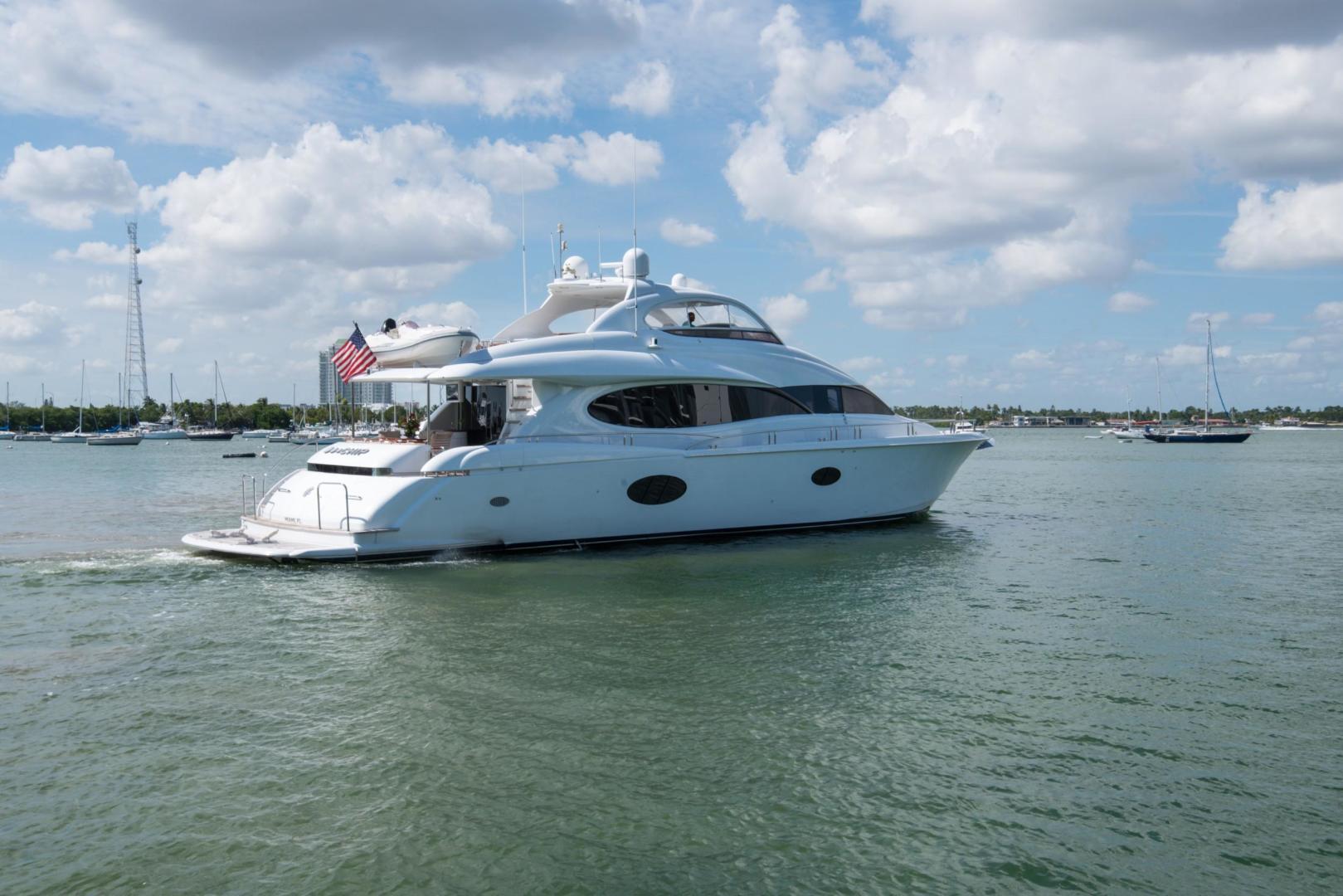 Lazzara-Open Bridge Hard Top 2007-CHIP Miami-Florida-United States-84 Lazzara-1324538 | Thumbnail