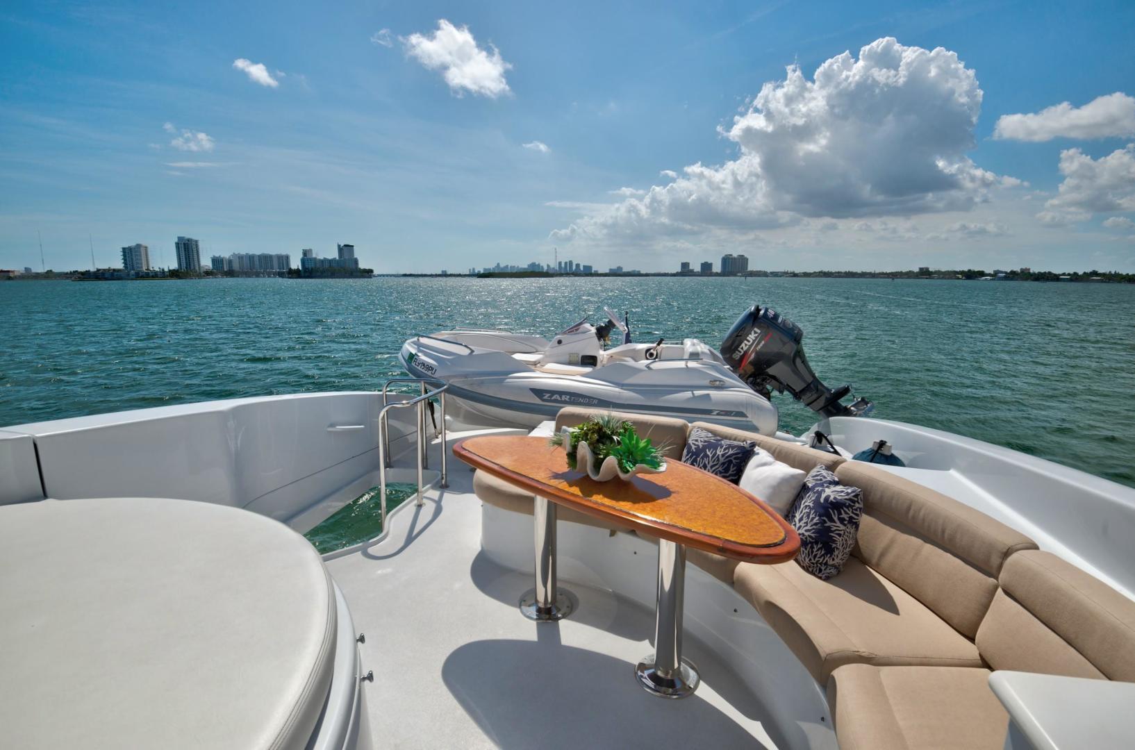 Lazzara-Open Bridge Hard Top 2007-CHIP Miami-Florida-United States-84 Lazzara Flybridge Seating-1324601 | Thumbnail