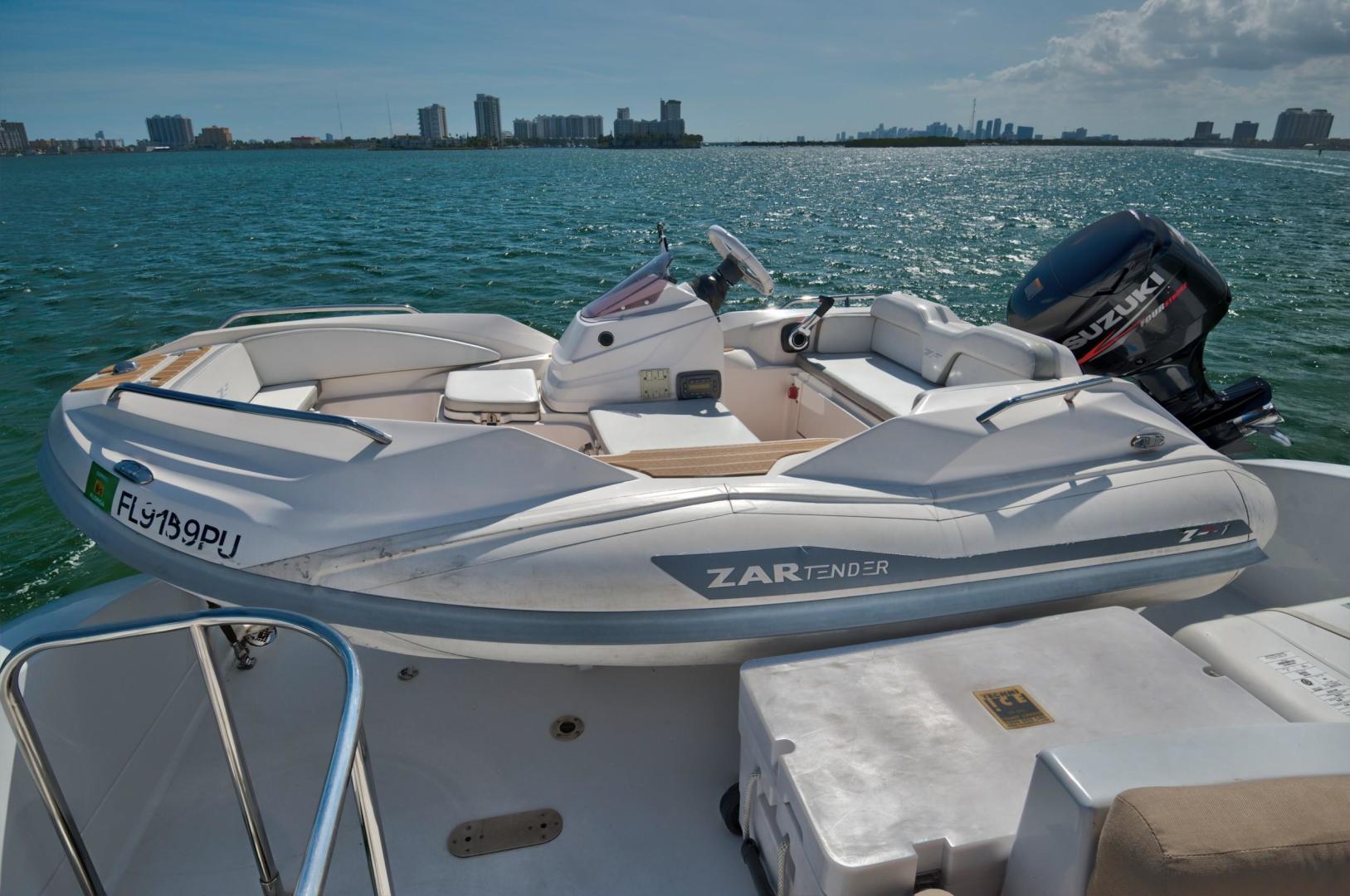 Lazzara-Open Bridge Hard Top 2007-CHIP Miami-Florida-United States-84 Lazzara Tender-1324599 | Thumbnail