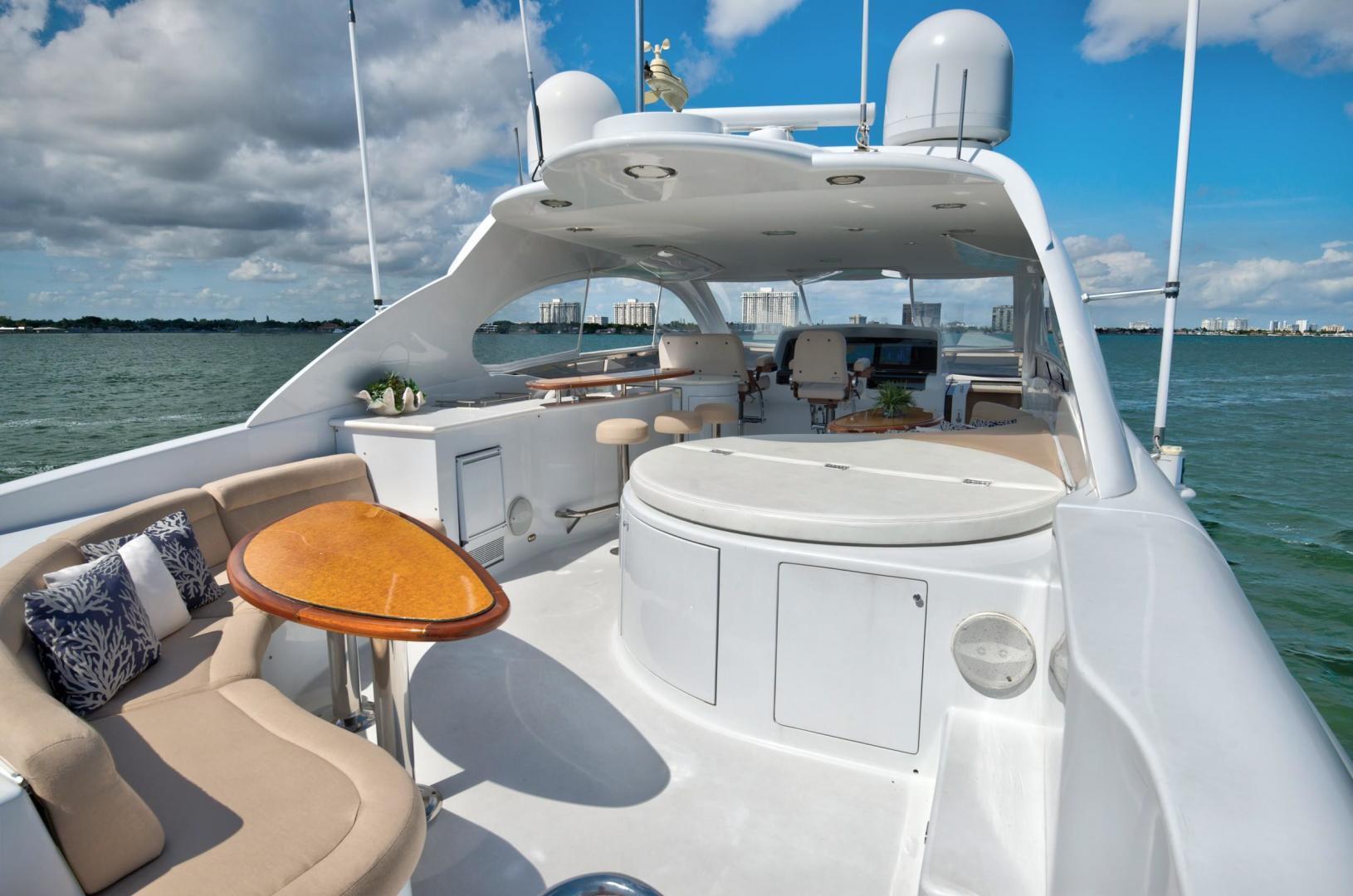 Lazzara-Open Bridge Hard Top 2007-CHIP Miami-Florida-United States-84 Lazzara Flybridge-1324598 | Thumbnail