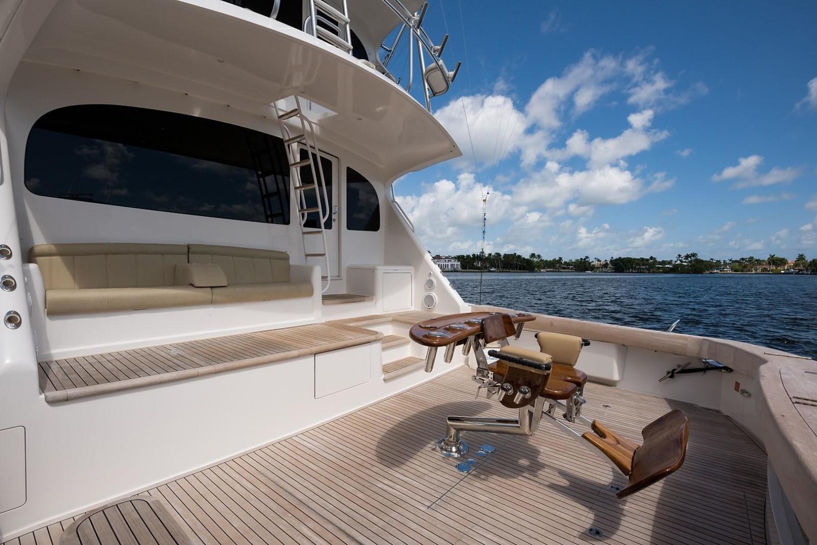 Viking-Enclosed 2013-No Name 82 Miami-Florida-United States-Cockpit-1324725 | Thumbnail