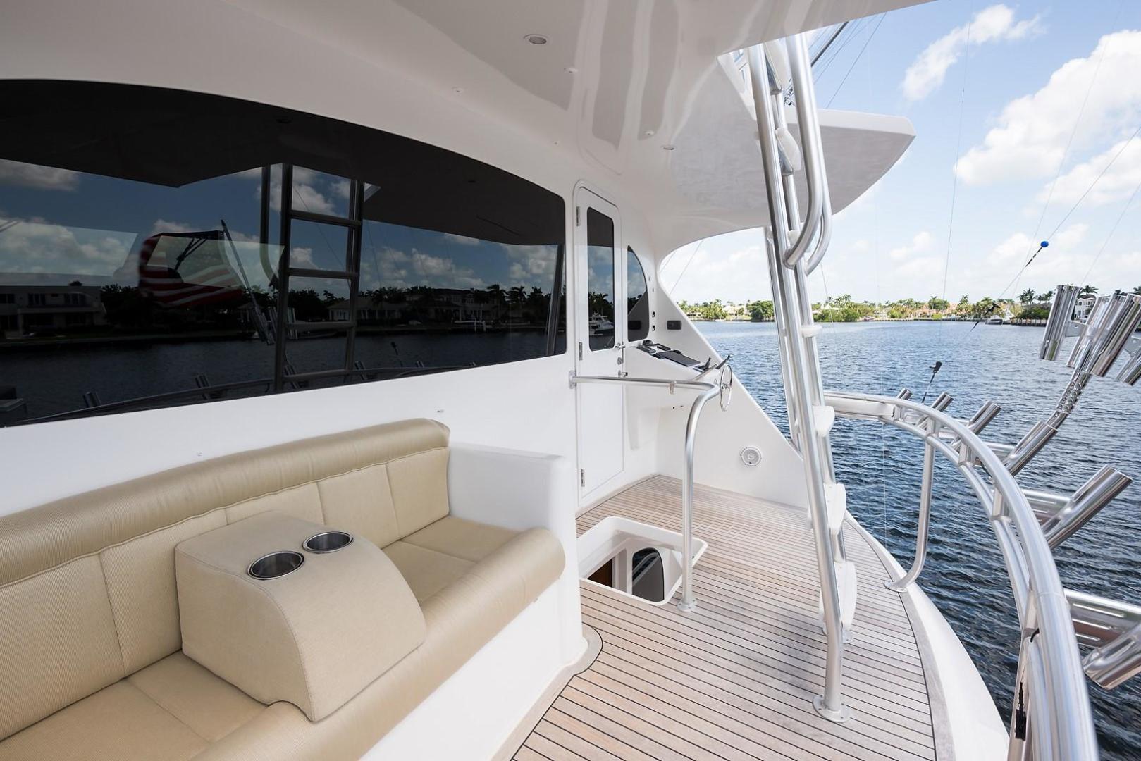 Viking-Enclosed 2013-No Name 82 Miami-Florida-United States-Enclosed Flybridge Aft Deck-1324716 | Thumbnail