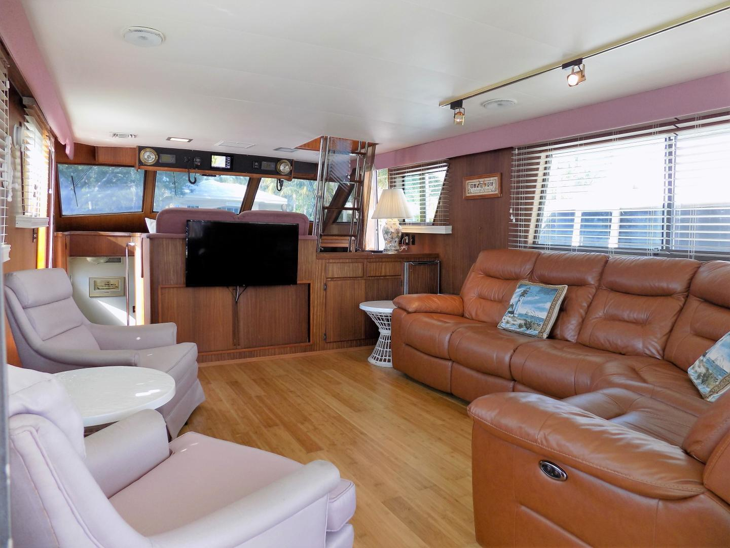 Hatteras 54 - Great Expectations - Salon
