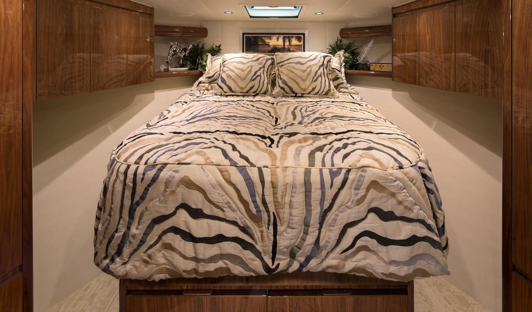 Viking 48 - Sport Coupe - Master Stateroom