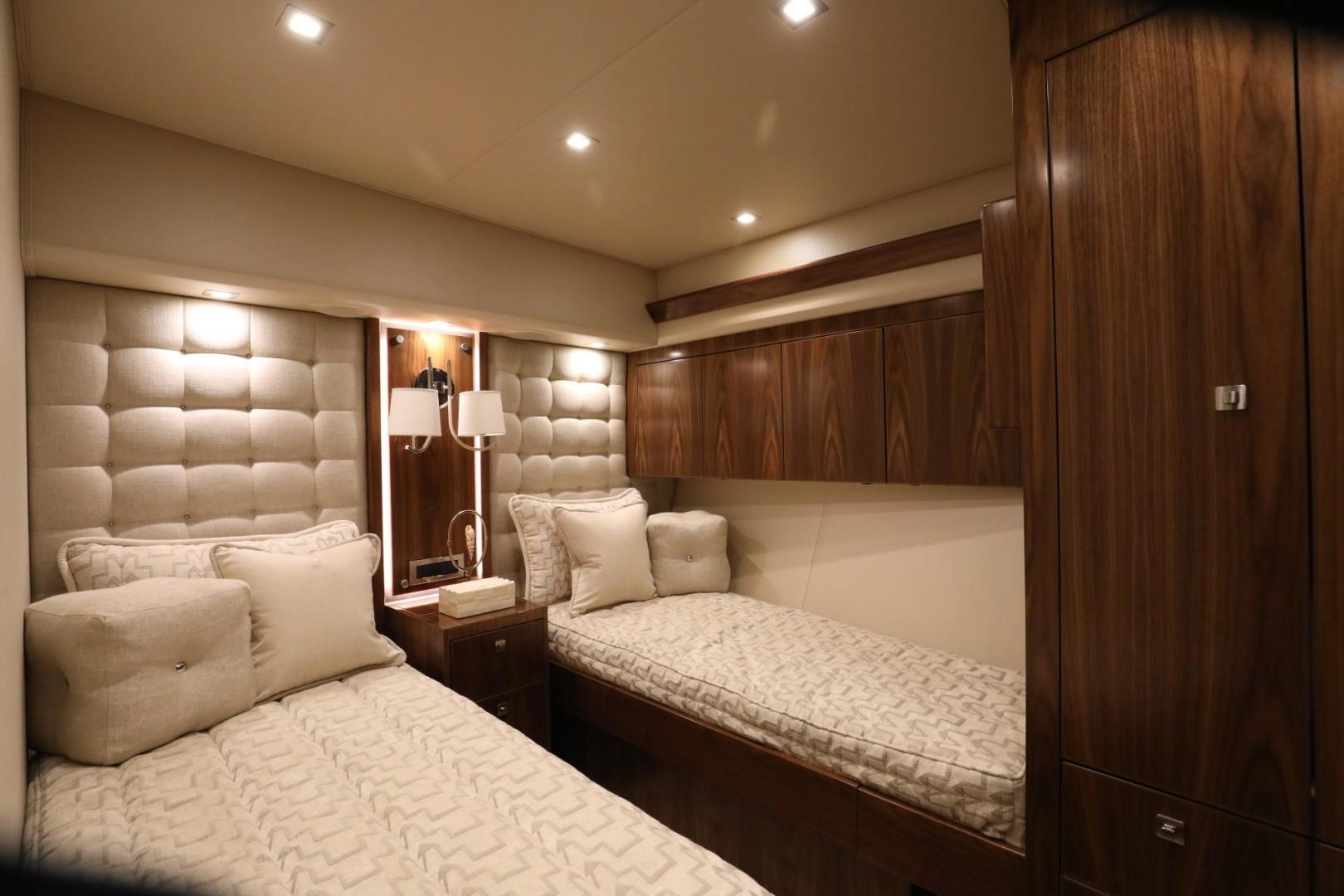 Viking 92 - #2 Guest Stateroom