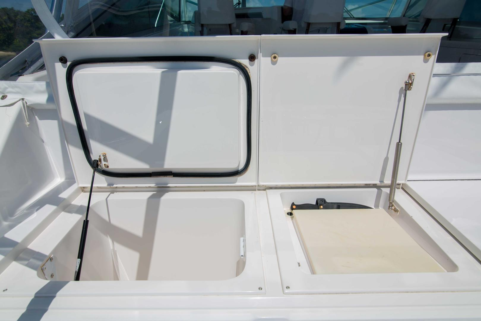 Viking 50 - Tiger Six - Cockpit