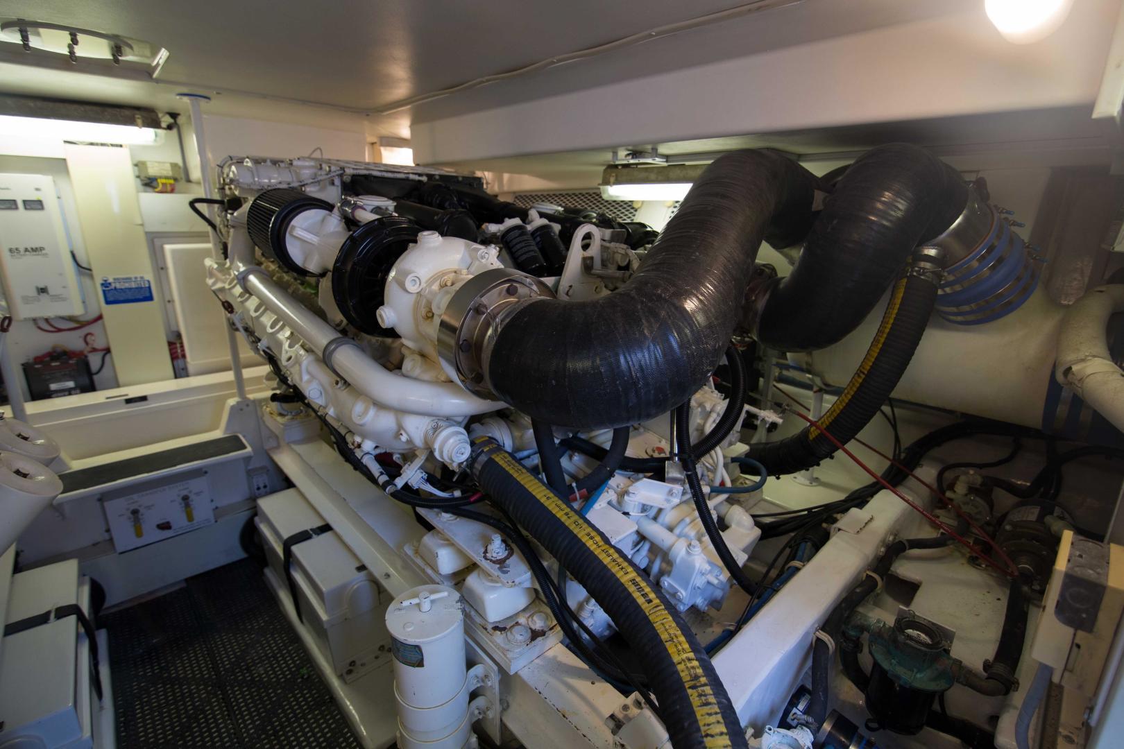 Viking 50 - Tiger Six - Engine Room