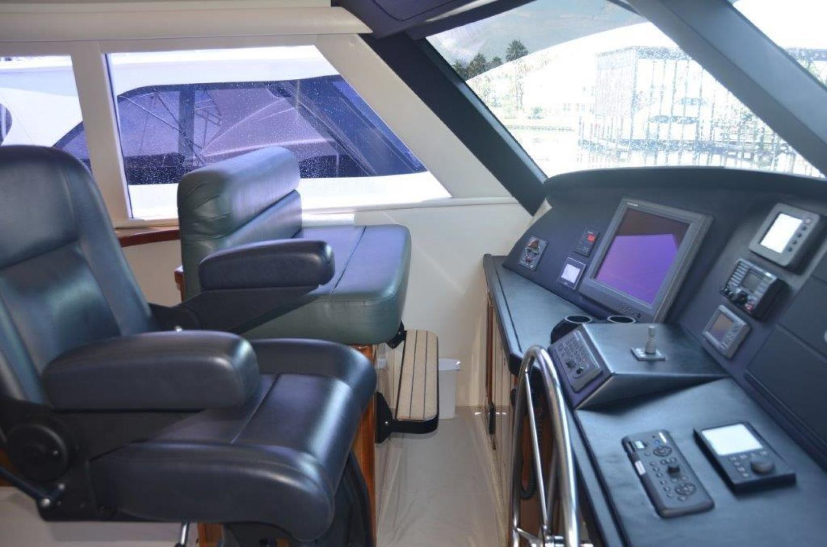 Viking-68 Enclosed Bridge 2008-Liquid Apple Fort Lauderdale-Florida-United States-Enclosed Bridge Helm-1328488 | Thumbnail