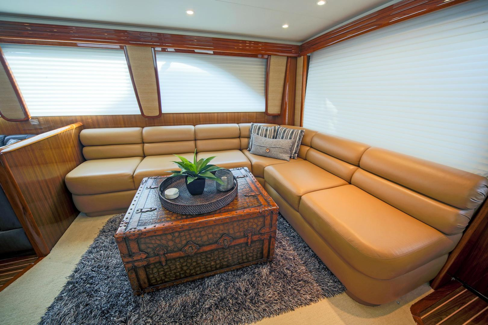 Viking-68 Enclosed Bridge 2008-Liquid Apple Fort Lauderdale-Florida-United States-Salon Settee-1328503 | Thumbnail