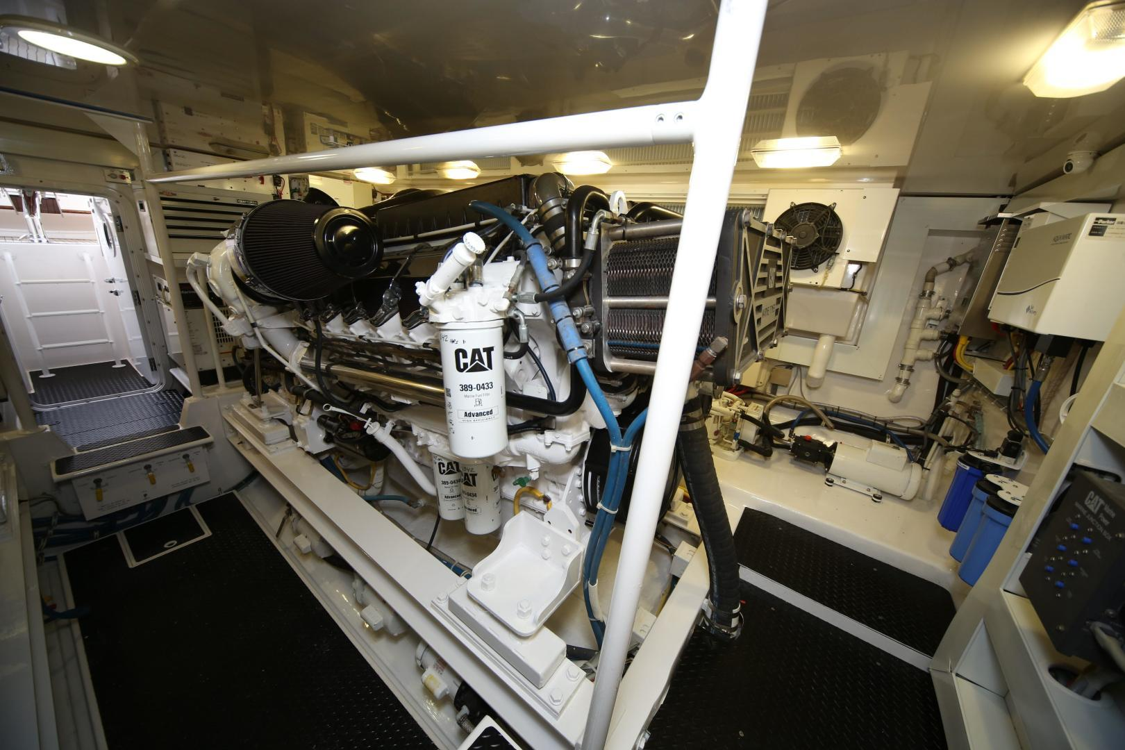 Viking-68 Enclosed Bridge 2008-Liquid Apple Fort Lauderdale-Florida-United States-Engine Room-1328517 | Thumbnail
