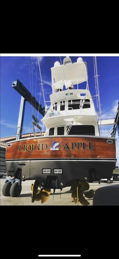 Viking-68 Enclosed Bridge 2008-Liquid Apple Fort Lauderdale-Florida-United States-Hauled Out-1328529 | Thumbnail