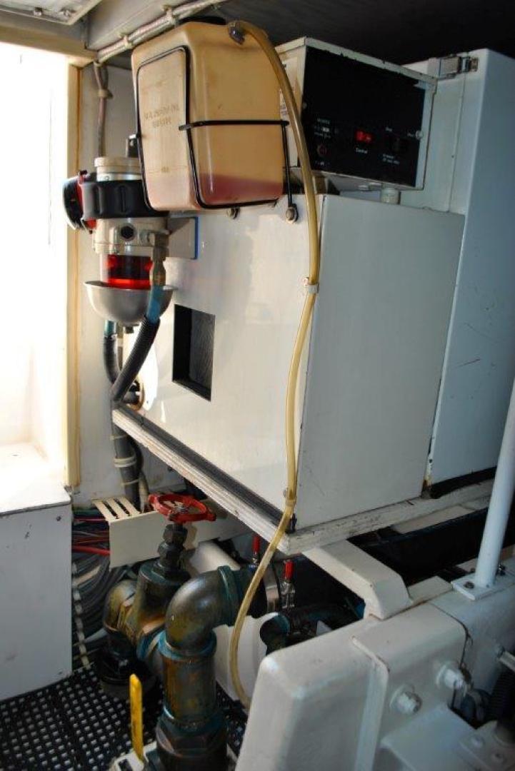 Viking 43 - Engine Room