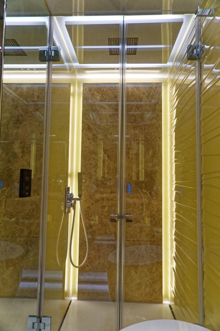 Tecnomar 55 - Shower