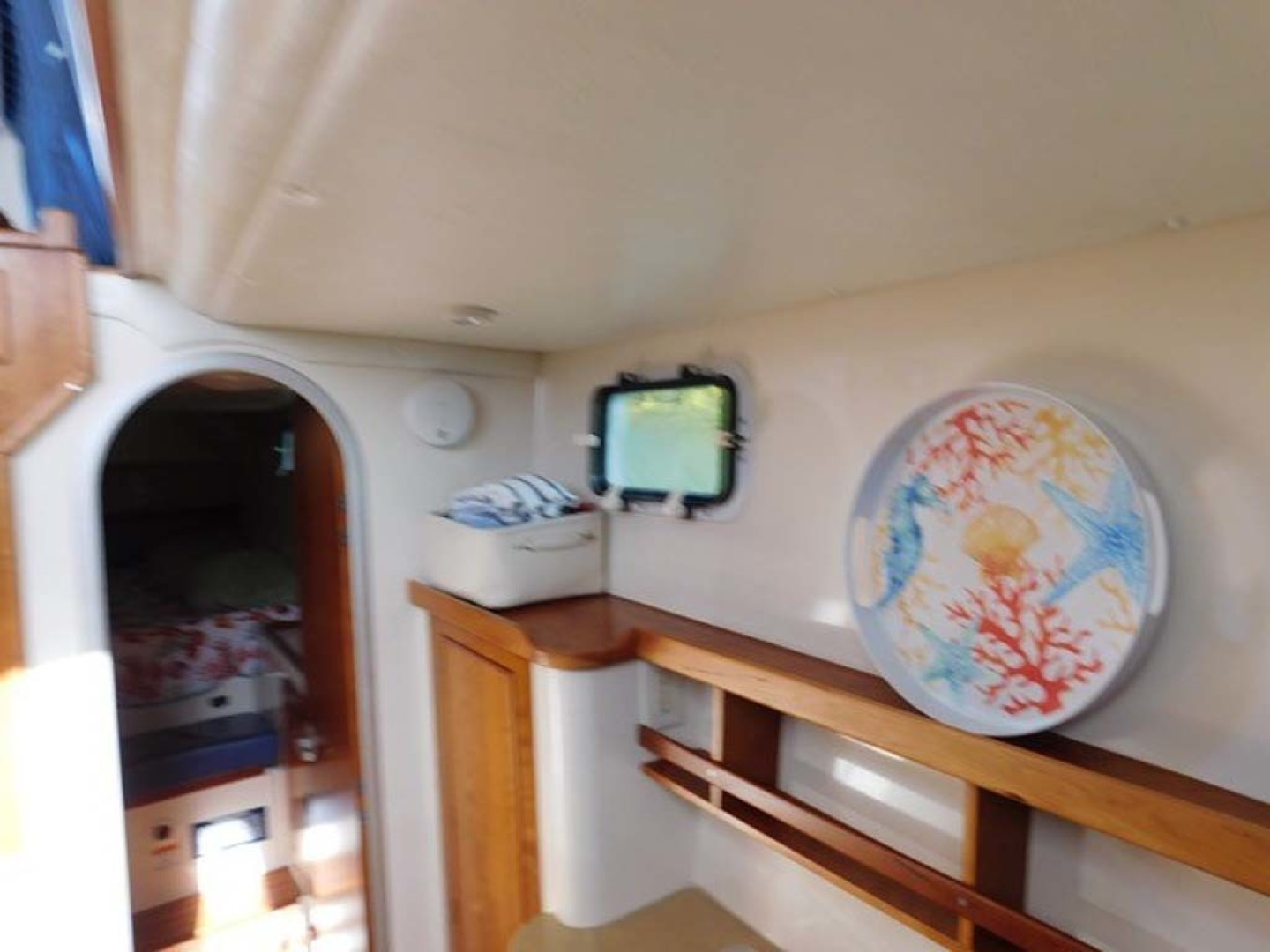 PDQ-Passage Maker 2005-Sea Renity Cocoa Beach-Florida-United States-Galley Looking Aft-1336053 | Thumbnail