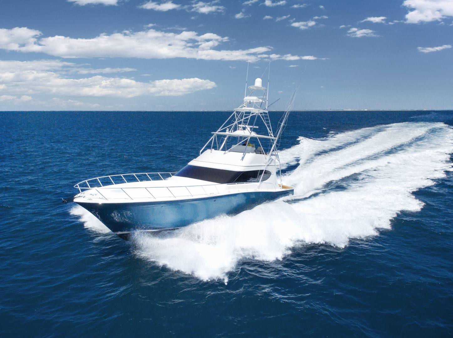 Picture Of: 70' Hatteras GT70 2017 Yacht For Sale | 2 of 42