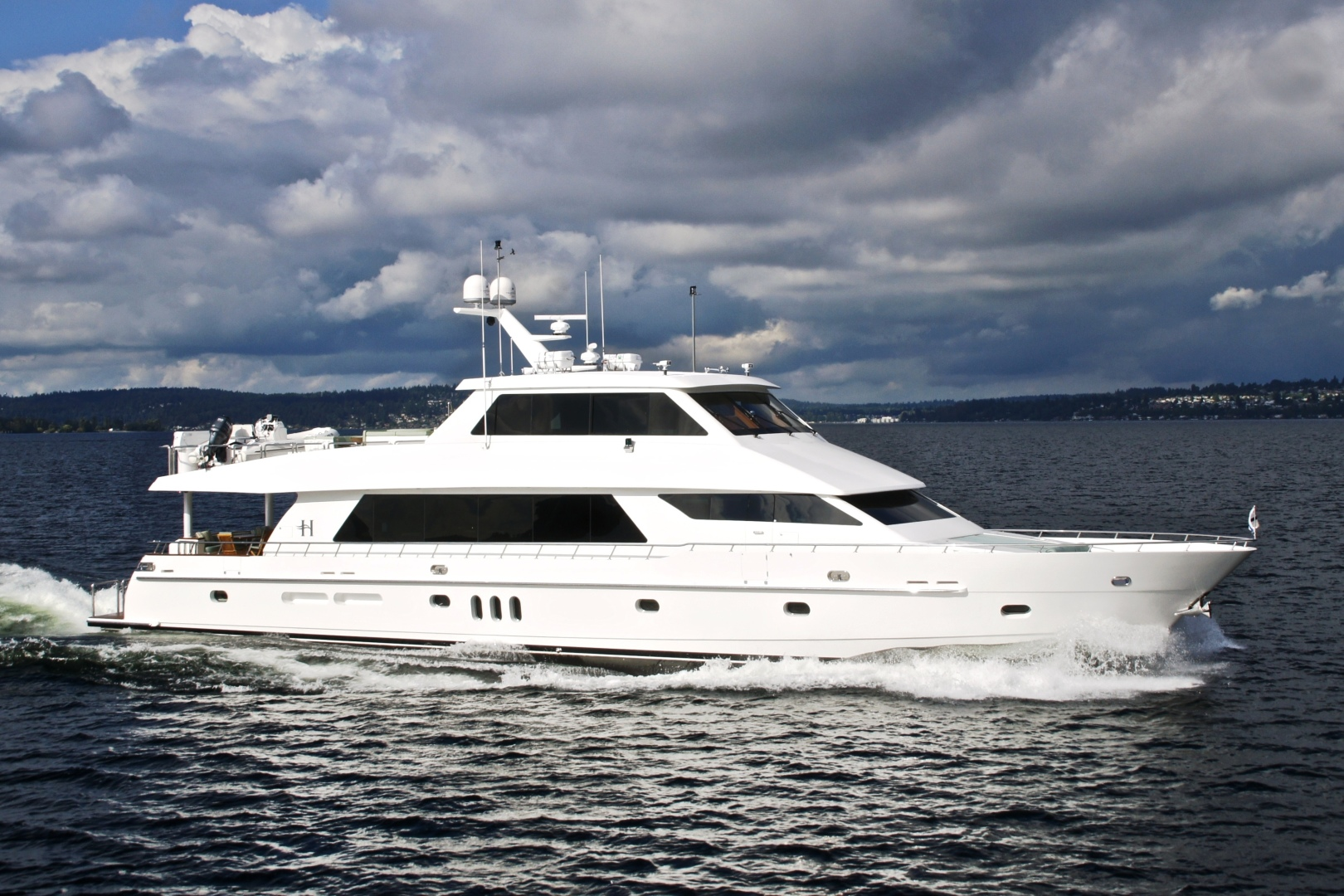 Picture Of: 101' Hargrave 101 Sky Lounge 2010 Yacht For Sale | 1 of 23