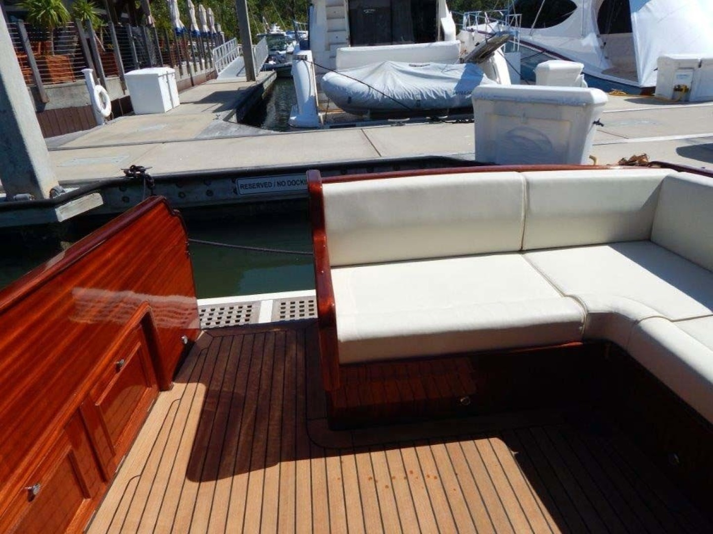 Windsor Craft-by Vicem Yacht 40 Hardtop 2009-Tally II Jacksonville-Florida-United States-Cockpit-1337768 | Thumbnail